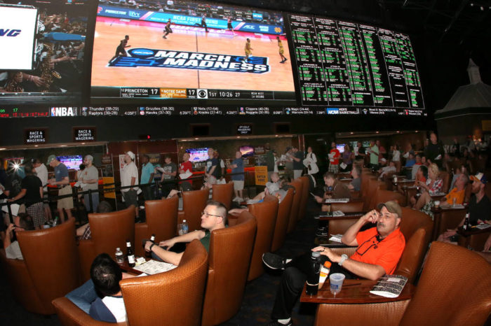 The March Madness Gambling Guide...To Not Lose All Your Money