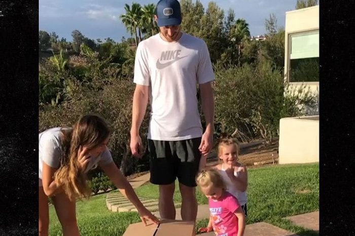 Gordon Hayward Finding Out He's Going To Have A Third Daughter Is The Funniest Thing You'll See All Day