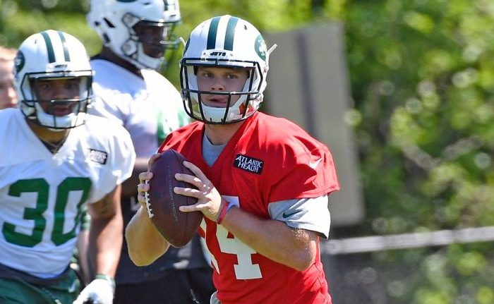 Sam Darnold Shows Up To Training Camp To A Slow Clap