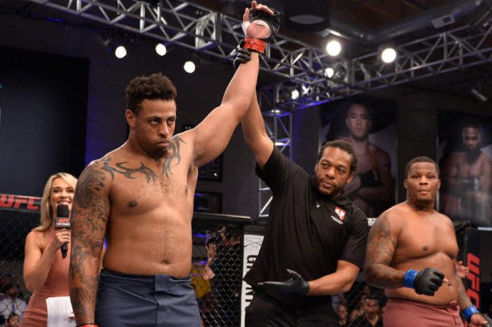 Former NFL Player Greg Hardy Wins His Second Pro Fight In 17 Seconds & HOLY SHIT HE'S TERRIFYING