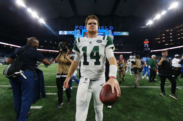 Sam Darnold Threw A Pick Six On His First Career Pass, Then The Jets Did Something Strange